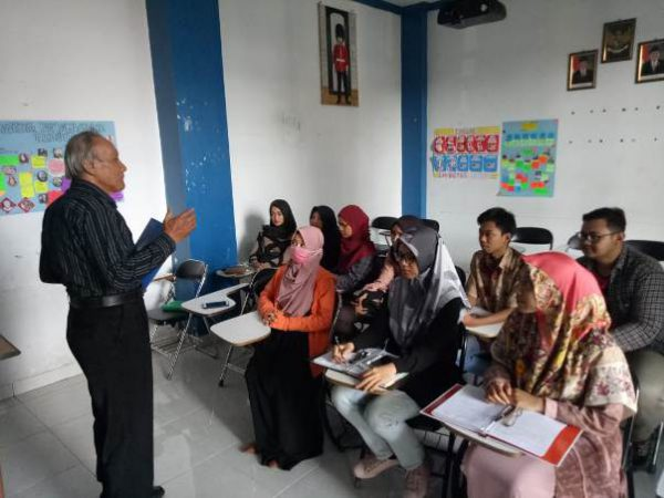 Intensive English Language Training Program Untuk Mahasiswa